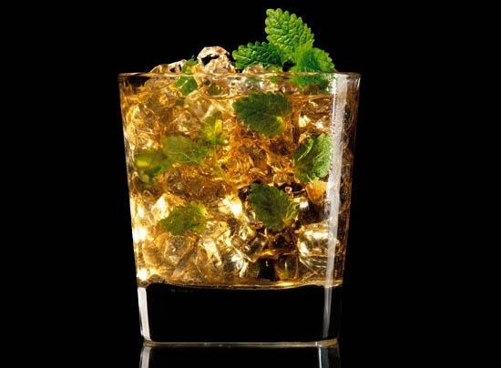 【杰克丹尼威士忌火焰杰克力娇酒Jack Daniel#039;